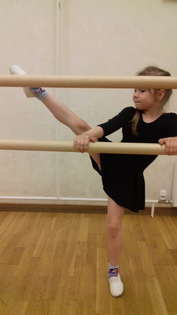 Современная хореография с актёрским мастерством для танцоров