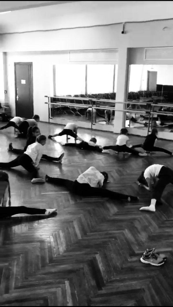 Ритмика для детей (хореография, растяжка)